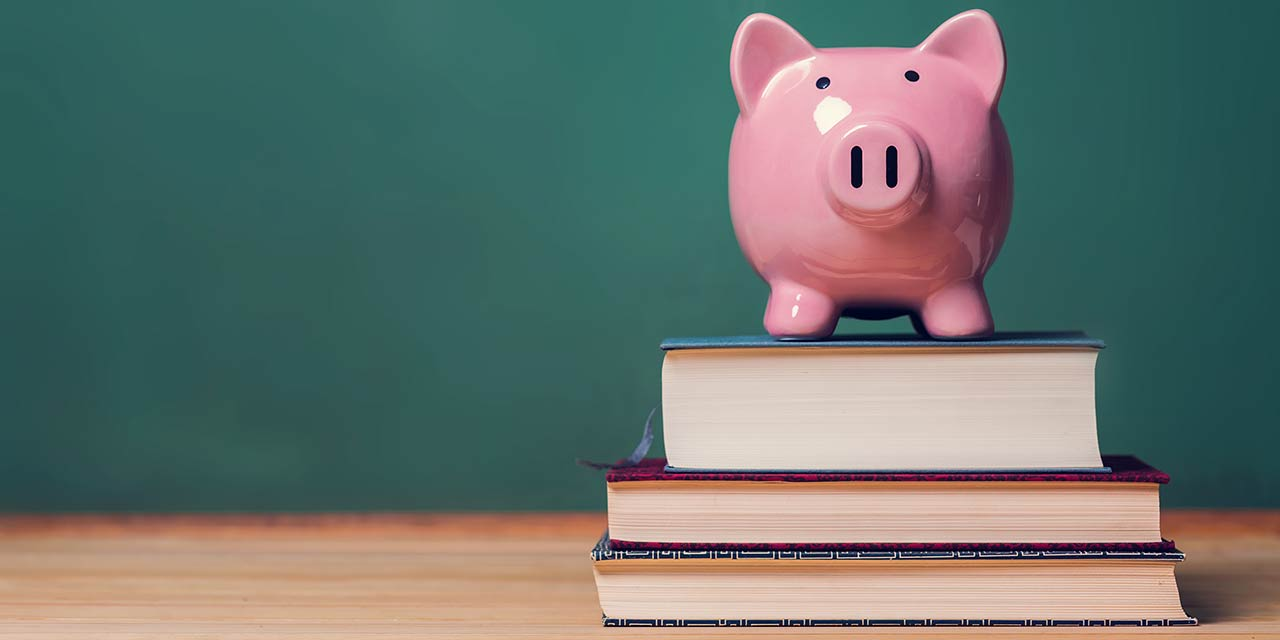 Cost of Textbooks No Longer Rational For Modern Students
