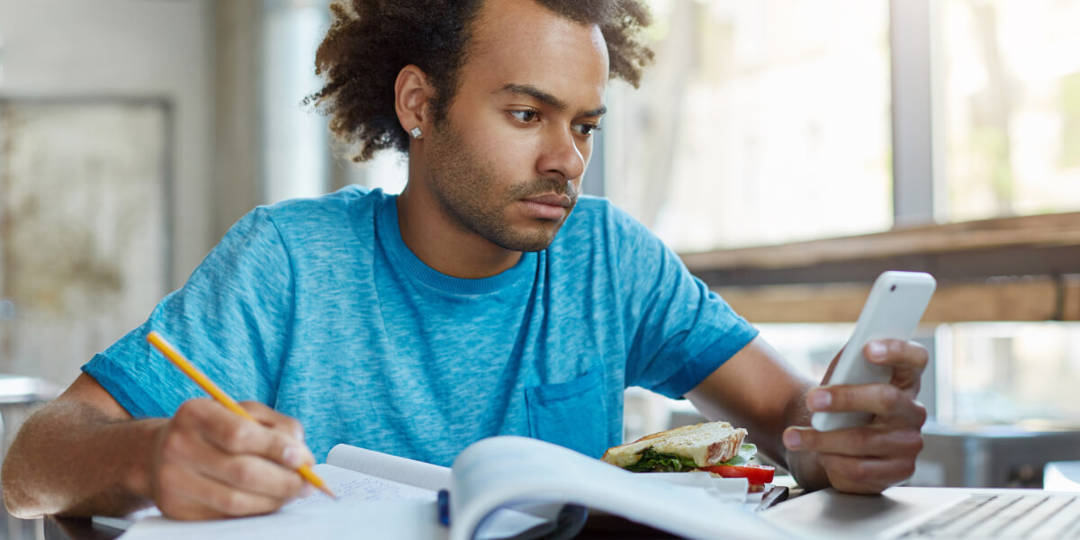 How to Use Textbooks to Teach Generation Z
